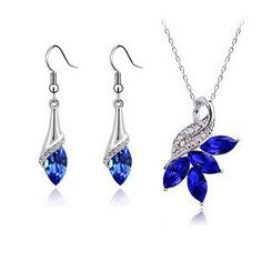 Brand New Gift Set. Beautiful Royal Blue Crystal Pendant Necklace&Drop Earrings.