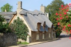 Thatched Cottage in Duddington