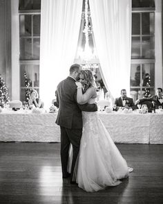 great Swaneset Wedding The first dance is hands down one of my favourite parts… Princess Style Wedding Dresses, Wedding Day Dresses, Wedding Table Assignments, Vancouver Wedding Venue, Wedding Gifts For Parents, Wedding Planner Book, Church Ceremony, Short Wedding Hair, Bridal Musings