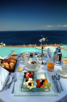Enjoy a delicious healthy breakfast on the balcony and soak in the stunning view at Kempinski Barbaros Bay in Bodrum, Turkey. Turkish Breakfast, Breakfast In Bed, Iftar, Vacation Destinations, Dream Vacations, Vacation Ideas, Breakfast Around The World, Luxury Life, Luxury Travel