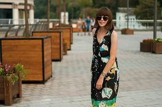 outfit // i can be somebody - animal arithmetic http://www.animalarithmeticblog.com/2015/09/outfit-i-can-be-somebody.html ZARA summer dress H&M bag, Parfois sunglasses, ASOS tie leg sandals