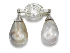 JEWELS FROM THE PERSONAL COLLECTION OF SUZANNE BELPERRON  NATURAL PEARL AND DIAMOND BROOCH, CIRCA 1935