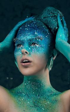 Exotisches Makeup, Body Makeup, Photo Makeup, Costume Makeup, Beauty Makeup, Makeup Looks, Glitter Photo Shoots, Unicorn Halloween, Halloween Makeup