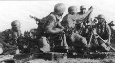 Fallschirmjäger Mortar crew on Crete. 1941 - pin by Paolo poo poo Marzioli