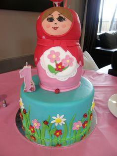 Babushka Cake at a Russian Doll Party #russiandoll #babushkacake
