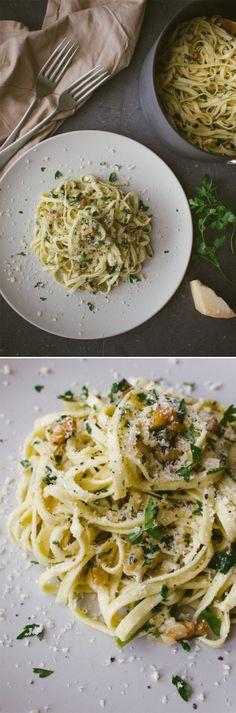 Walnut, Parsley, and Parmesan Linguine