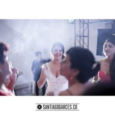 Diegoalzate.com � + � Santiagogarces.co @Santiagogarces.co � #fotografía #social #groom #weddings #lovestory #justmarried #love #weddingideas LUMINOTECNIA @angela__posada #amor #love #fotosmatrimonio #matrimonio #santiagogarces.co #colombia #Fotografo #strobist #portrait