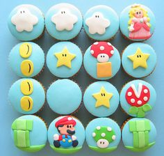seen: super mario cupcakes Cole is turning four at the end of March and we're brainstorming ideas. The most obvious: Super Mario, Wii edi. Cupcakes Super Mario, Cupcakes Cool, Amazing Cupcakes, Peach Cupcakes, Decorated Cupcakes, Ladybug Cupcakes, Kitty Cupcakes, Snowman Cupcakes, Beautiful Cupcakes