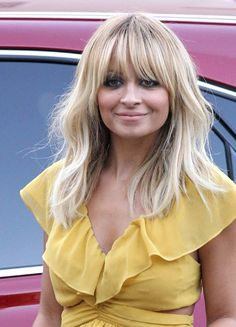 1017 nicole richie blonde hair haircut without extensions outside bd