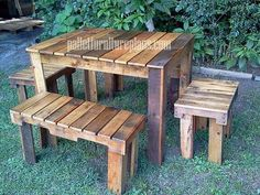 Pallet table and bench for outdoor.