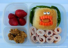 Vampire Teeth Sandwich packing lunches #EasyLunchboxes #bento