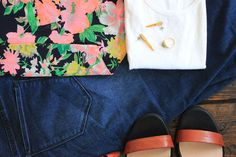floral blazer, yellow agate dagger earrings, skinny jeans and strappy heels