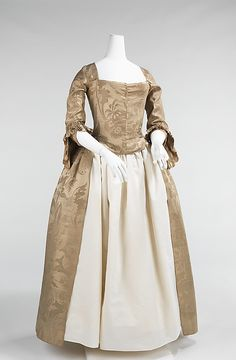 1776 American Wedding dress at the Metropolitan Museum of Art, New York - This is a case where the formality - and expense - of the dress would have come more from the quality of the fabric than any overt decoration. It's the sort of thing you could expect a middle-class colonist to wear on formal occasions.