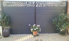 Garden Privacy Screen, Privacy Fences, Fence Slats, Fence Panels, Composite Fencing, Uk Weather, Garden Screening, Black Fence, Small Garden Design