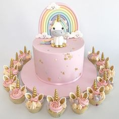 This is what I had a unicorn birthday cake for my birthday - cake . - Kuchen Kindergeburtstag - first birthday cake-Erster Geburtstagskuchen First Birthday Cakes, Birthday Cake Girls, Unicorn Birthday Parties, Unicorn Party, My Birthday, Unicorn Wedding, Cupcake Birthday Cake, Glitter Birthday, Homemade Birthday