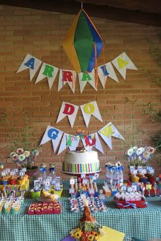 Decoration for kids party - New decoration styles 3rd Birthday, Happy Birthday, Birthday Parties, Party Mottos, Happy Party, Colourful Balloons, Farm Party, Ideas Para Fiestas, Party Venues