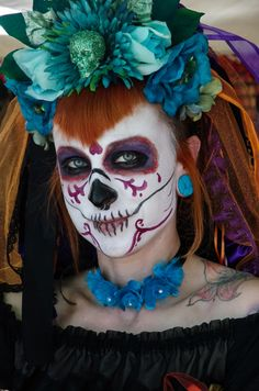 Dia de los Muertos flower crown by Dreadful Falls, USA photographed at the Hollywood Forever event Saturday October 27th, 2012. Found on Pentaxforums.com