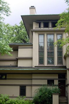 William G. Fricke House.  Frank Lloyd Wright. 1902. Oak Park, Illinois. Prairie Style.