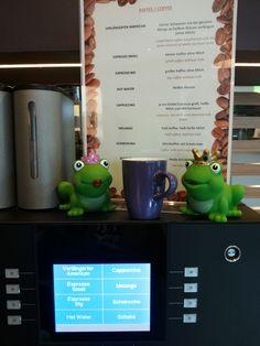 #coffee2go #allinclusive #melange Big Coffee, Black Coffee, Milk, Tableware, Modern, Kaffee, Dinnerware, Trendy Tree, Tablewares