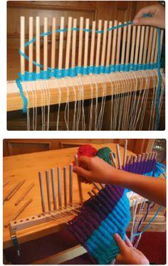 stokjes weven, handleiding Pin Weaving, Tapestry Weaving, Loom Weaving, Rug Loom, Tie Dye Crafts, Art Du Fil, Inkle Loom, Weaving Wall Hanging, Spinning Yarn