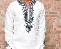 Les vêtements africains pour hommes Dashiki Homme africain African Shirts For Men, African Dresses Men, African Attire For Men, African Wear, African Inspired Fashion, African Men Fashion, Africa Fashion, South African Traditional Dresses, Dashiki For Men