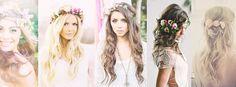 Flores sueltas, de lado, entrelazadas en la trenza o en una corona… las flores en el cabello de la novia resaltan divinamente el peinado. Este look bohemio romántico con el delicado detalle de las flores, se ha convertido en uno de los favoritos por las novias para llevar el día de su boda. Estos …