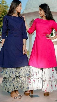 Top 9 Dussehra Outfits Inspirations That Are Trending in 2019 - AmigurumiHouse Party Wear Indian Dresses, Designer Party Wear Dresses, Pakistani Dresses Casual, Kurti Designs Party Wear, Dress Indian Style, Indian Fashion Dresses, Pakistani Dress Design, Indian Designer Outfits, Indian Wear