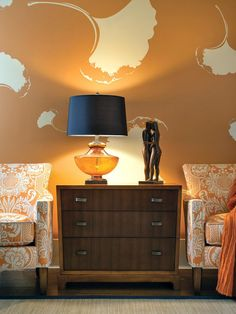 6 Ways to Decorate With HGTV's November Color of the Month, Pumpkin Spice (http://blog.hgtv.com/design/2014/11/17/pumpkin-spice-hgtv-november-2014-color-of-the-month/?soc=Pinterest)