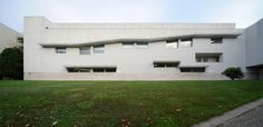Faculty of Information Sciences, Álvaro Siza, Santiago de Compostela, Spain, 1993-99. Part I | 页 景