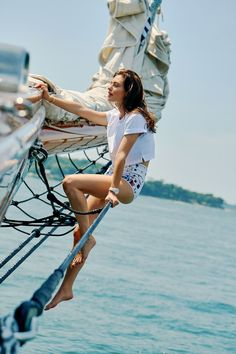 Phoebe Tonkin – Harper's Bazaar Photoshoot 2019 Sport Photography, Nautical Fashion, Harpers Bazaar, Summer Vibes, Pretty Girls, Sailing, Ocean, Actresses, Portrait