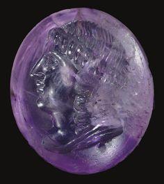 A GREEK AMETHYST RING STONE  HELLENISTIC PERIOD, CIRCA 3RD CENTURY B.C.