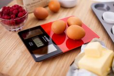 A Glug of Oil: Judge Photovoltaic Solar Kitchen Scales - Review