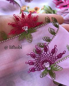 Image may contain: flower Needle Lace, Elsa, Needlework, Diy And Crafts, Brooch, Crochet, Flowers, Instagram, Jewelry
