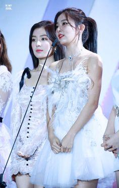 South Korean Girls, Korean Girl Groups, Asia Artist Awards, Kang Seulgi, Red Velvet Seulgi, Celebs, Celebrities, Star Fashion, Just In Case
