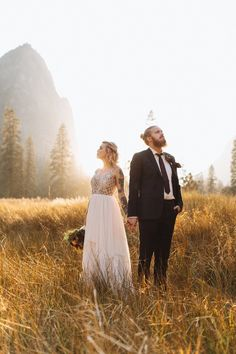 Edgy Boho Elopement in Yosemite National Park — Courtney Sinclair Photography Yosemite National Park, National Parks, Wedding Dress Boutiques, Wedding Dresses, Brides With Tattoos, Destination Wedding Locations, Hayley Paige, Yosemite Valley, Golden Hour
