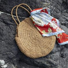 Knitting Designs, Knitting Patterns, Crochet Patterns, Crochet Motifs, Free Crochet, Bag Pattern Free, Round Bag, Knitted Bags, Baby Knitting
