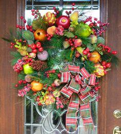 WILLIAMSBURG FRUIT Christmas Wreath with PLAID Bow by decoglitz