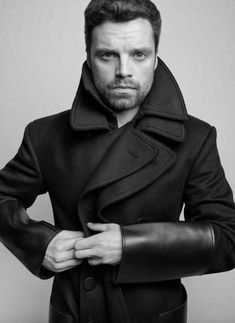 Sebastian ✪ Stan photographed by Gavin Bond for L'Officiel Russia Sebastian Stan Photoshoot, Sebastion Stan, Toby Hemingway, Dc Movies, Style Casual, Stucky, Bucky Barnes, The Martian, Winter Soldier