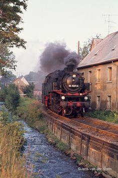 Ho Train Track, Train Tracks, Ho Trains, Model Trains, Old Steam Train, Rail Transport, Railroad Photography, Train Pictures, Electric Train