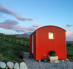 Glamping Pods in the Outer Hebrides. Relax on a stunning coast in en-suite camping pods, perfectly equipped with comfy beds, kitchens & a Fire Pit for stargazing. Camping Pod, Outer Hebrides, Shepherds Hut, Comfy Bed, Stargazing, Glamping, West Coast, Shed, Relax