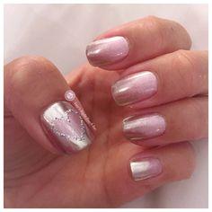 #chromenails #fadingcolors #fadingchrome #nailpolishaddict #handpaintednailart #nailsofinstagram #nailartchallenge #nailfashion #nails #nails2inspire #nailartstylist #naildesigns #nailartjunkie #nailsaddict #nailstagram #gelnailsdesign #gelnails #shellac @amyinc14
