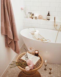 Decorazioni e accessori per il bagno ► su WestwingNow - Badezimmer Accessoires accessoires diy accessoires holz accessoires rosa accessoires schwarz accessoires set