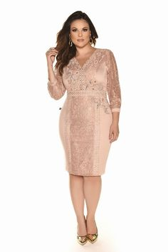 Plus size clothing & how beautiful plus size woman can dress now Elegant Dresses, Beautiful Dresses, Nice Dresses, Casual Dresses, Short Dresses, Curvy Girl Fashion, Young Fashion, Plus Size Fashion, Plus Size Girls