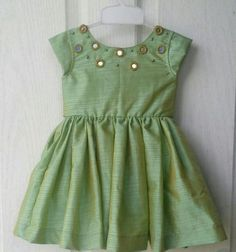 Kids frocks designs, Typically girls and women wear frocks. Girls Frock Design, Kids Frocks Design, Baby Frocks Designs, Baby Dress Design, Baby Girl Frocks, Baby Girl Party Dresses, Frocks For Girls, Dresses Kids Girl, Dresses For Toddlers
