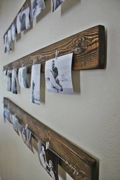 Rustic wall picture display - you can get the line and clips at Ikea in a whole set. Love the wood behind. Ideas Decorar Habitacion, Photo Deco, Room Decor, Wall Decor, Wall Art, Photo Displays, My New Room, Picture Wall, Change Picture