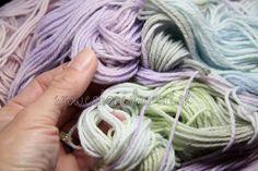 wool_vlna_merino_rucne_farbena_hand_dyed_yarns_na_pletenie_predaj_západ_4_1 Hand Dyed Yarn, Yarns, Wool