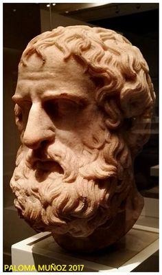 Cabeza de mármol, version romana (69?96 DC) de una estatua griega de cuerpo entero (330-300 AC).  Marble head, Roman version (69? 96 AD) of a full-length Greek statue (330-300 BC)