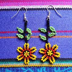 Beaded Earrings Patterns, Bead Earrings, Crochet Earrings, Beard Jewelry, Bead Loom Designs, Hand Embroidery Stitches, Beading Projects, Loom Beading, Beaded Flowers