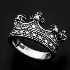 Hey, I found this really awesome Etsy listing at https://www.etsy.com/listing/469497050/sterling-silver-royal-crown-ring