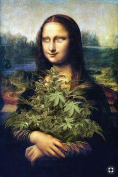 Mona Lisa knows: you can eat your cannabis! Art Marijuana, Medical Marijuana, Cannabis Oil, Cannabis Indica, Le Sourire De Mona Lisa, Lisa Gherardini, Mona Lisa Parody, Mona Lisa Smile, Weed Humor